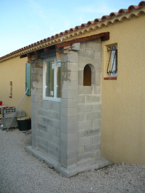 Mise en place fenêtre et lambris, lasure boiseries