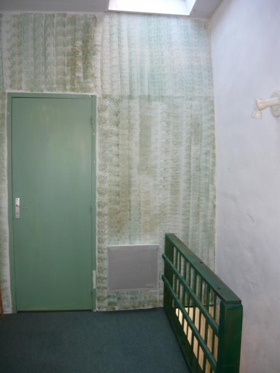 Peinture palier accès chambre étage