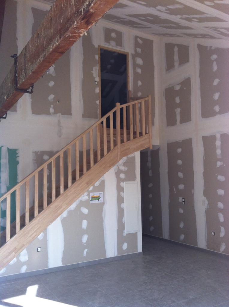 Peinture d un appartement neuf avec plafond à 6 metres  -  avignon