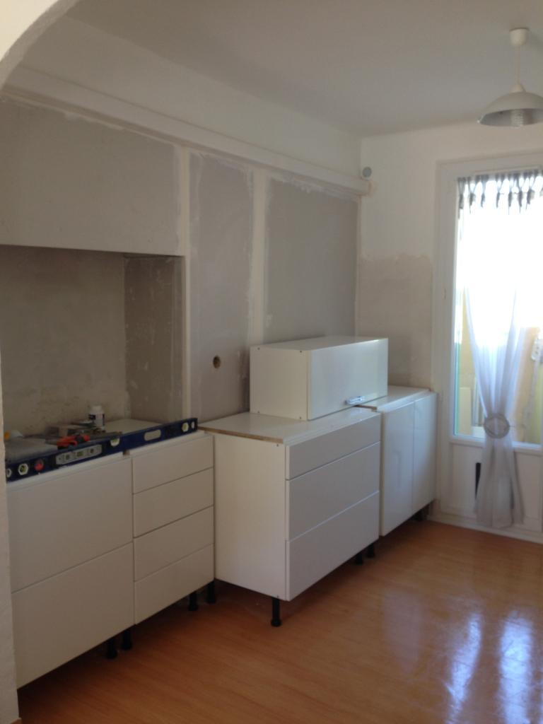 mise en place du mobilier. Black Bedroom Furniture Sets. Home Design Ideas