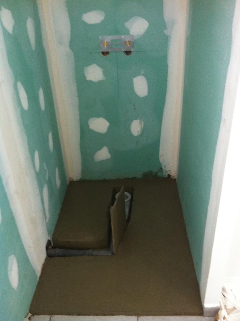 Realisation d'une salle de bains ( douche et baignoire )  -  camaret
