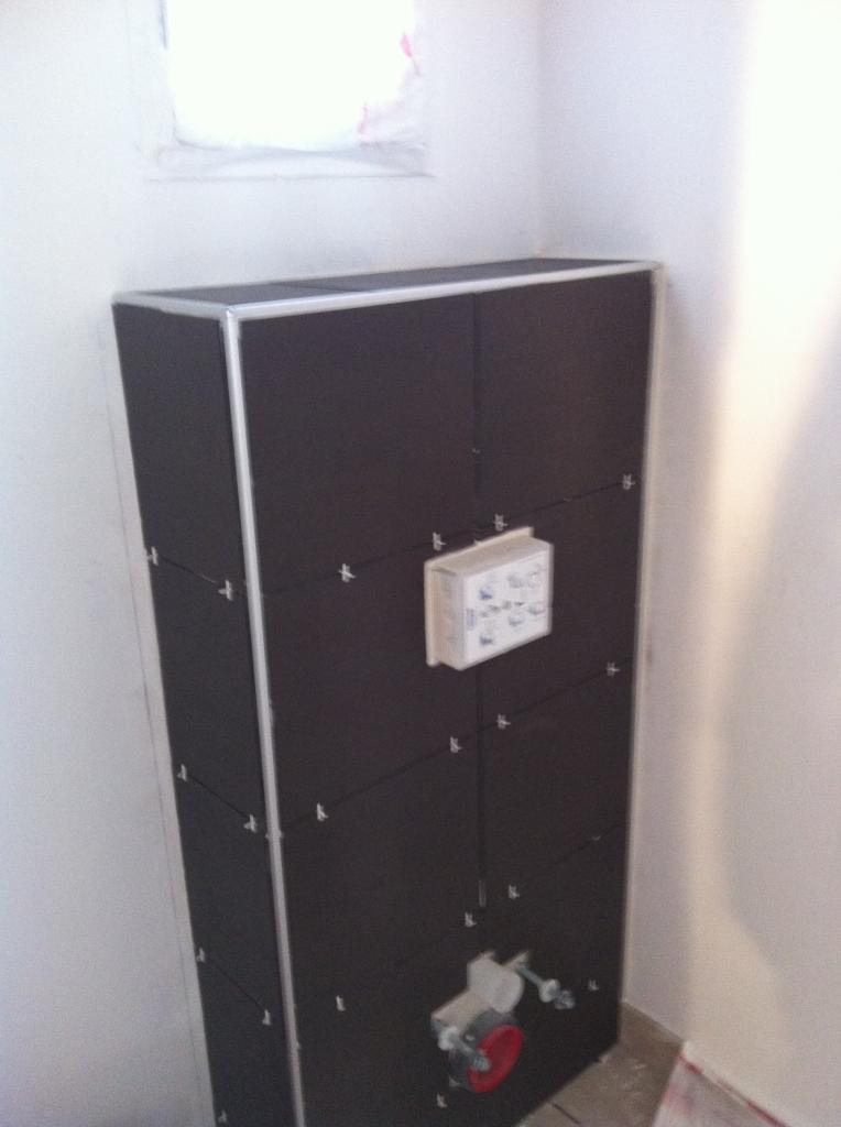 carrelage toilette suspendu awesome nouvelle ralisation de salle de bain douche italienne. Black Bedroom Furniture Sets. Home Design Ideas