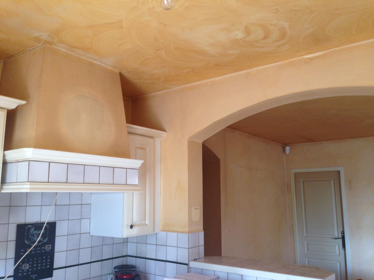 Murs et plafond cuisine à l origine